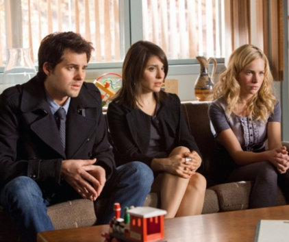 Watch Life Unexpected Season 1 Episode 10