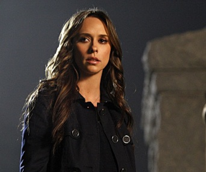 Watch The Ghost Whisperer Season 5 Episode 16