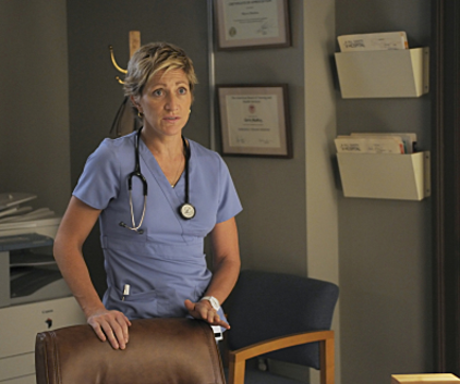 Watch Nurse Jackie Season 2 Episode 3