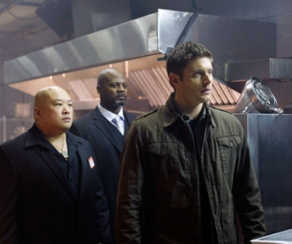 Watch Supernatural Season 5 Episode 19