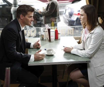 Watch Bones Season 5 Episode 22