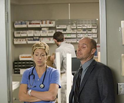 Watch Nurse Jackie Season 2 Episode 10