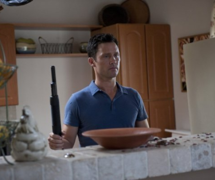 Watch Burn Notice Season 4 Episode 9