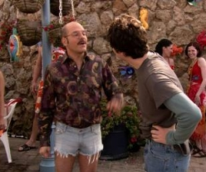 Watch Arrested Development Season 2 Episode 17