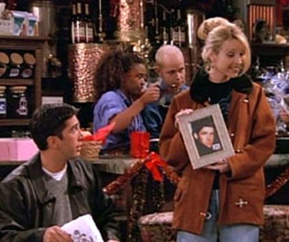Watch Friends Season 2 Episode 9
