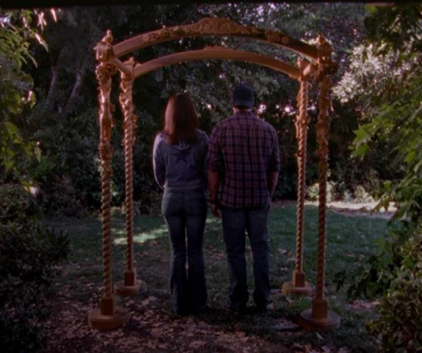 Watch Gilmore Girls Season 2 Episode 3
