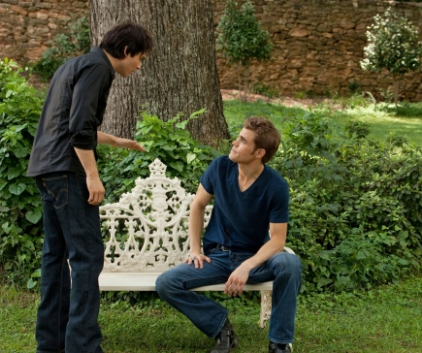 Watch The Vampire Diaries Season 2 Episode 1