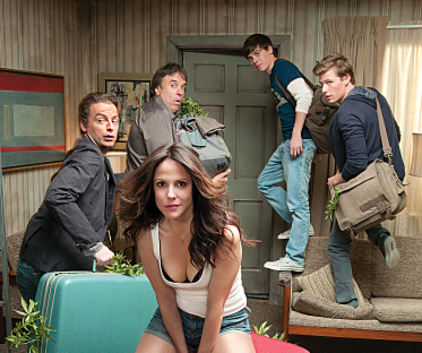 Watch Weeds Season 6 Episode 1