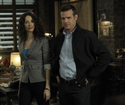 Watch Warehouse 13 Season 2 Episode 8