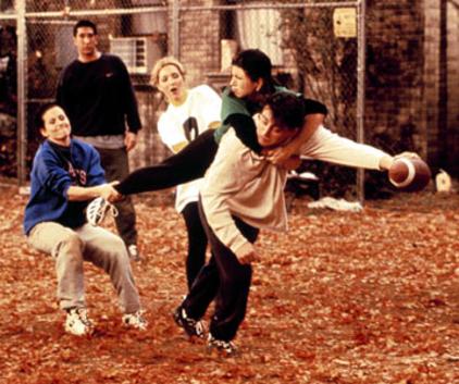 Watch Friends Season 3 Episode 9