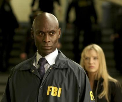 Watch Fringe Season 3 Episode 1