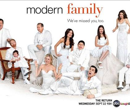 Watch Modern Family Season 2 Episode 1