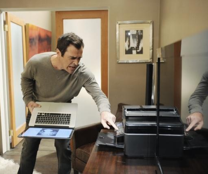 Watch Modern Family Season 2 Episode 2