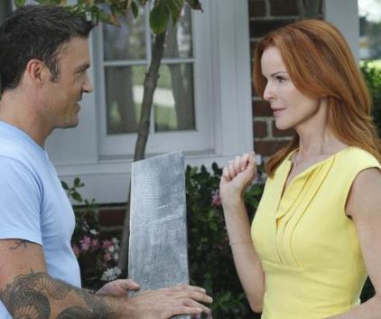 Watch Desperate Housewives Season 7 Episode 2