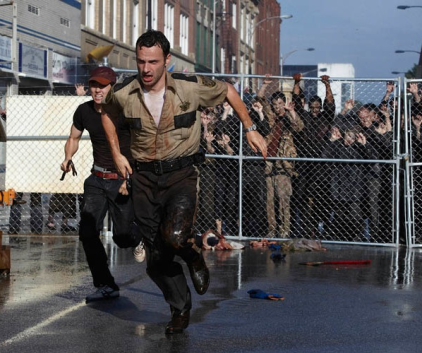 Watch The Walking Dead Season 1 Episode 2