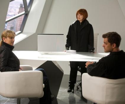 Watch Fringe Season 3 Episode 6