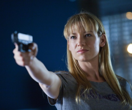 Watch Fringe Season 3 Episode 8