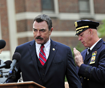 Watch Blue Bloods Season 1 Episode 9