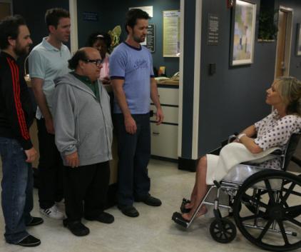 Watch It's Always Sunny in Philadelphia Season 6 Episode 12