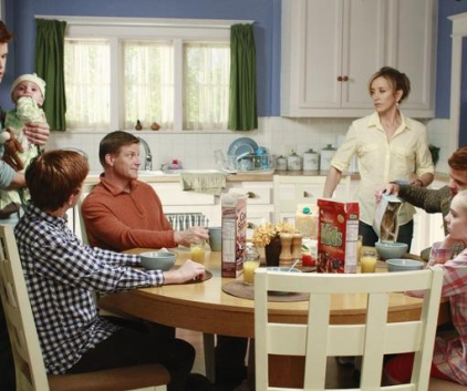 Watch Desperate Housewives Season 7 Episode 12