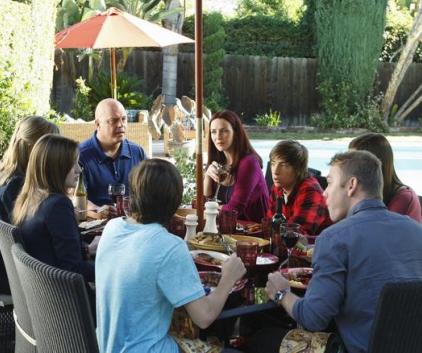 Watch No Ordinary Family Season 1 Episode 11