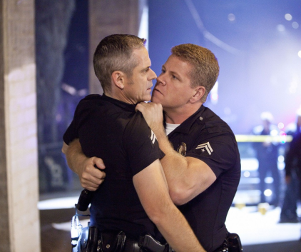 Watch Southland Season 3 Episode 2