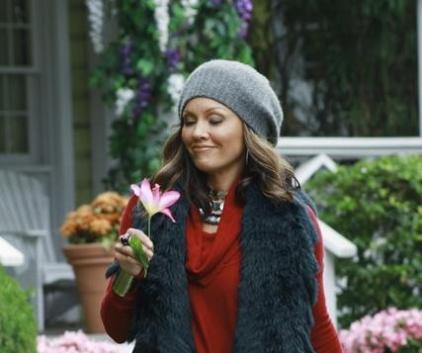 Watch Desperate Housewives Season 7 Episode 13
