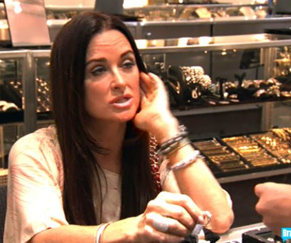 Watch The Real Housewives of Beverly Hills Season 1 Episode 13