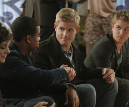 Watch 90210 Season 3 Episode 14
