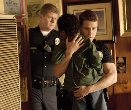 Watch Southland Season 3 Episode 6