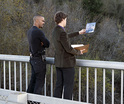 Watch Criminal Minds Season 6 Episode 15