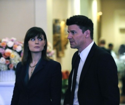 Watch Bones Season 6 Episode 14