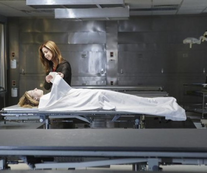 Watch Body of Proof Season 1 Episode 1