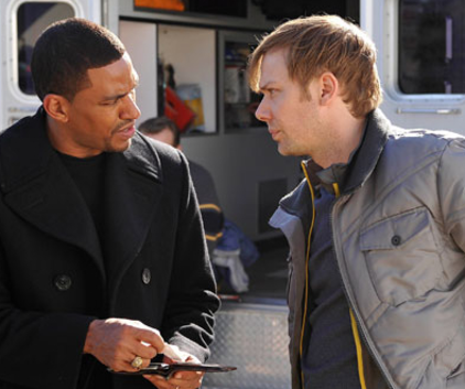 Watch Breakout Kings Season 1 Episode 7