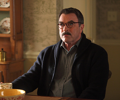 Watch Blue Bloods Season 1 Episode 22