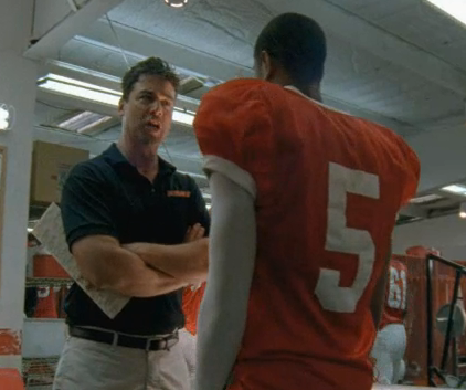 Watch Friday Night Lights Season 5 Episode 7
