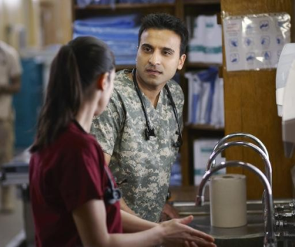 Watch Combat Hospital Season 1 Episode 4