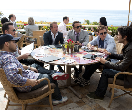 Watch Entourage Season 8 Episode 1