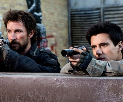 Watch Falling Skies Season 1 Episode 8
