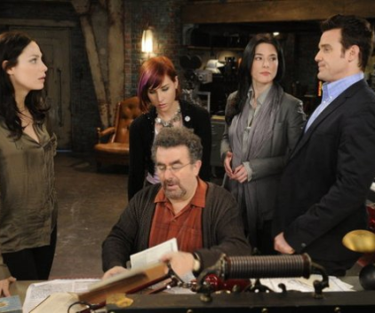 Watch Warehouse 13 Season 3 Episode 5