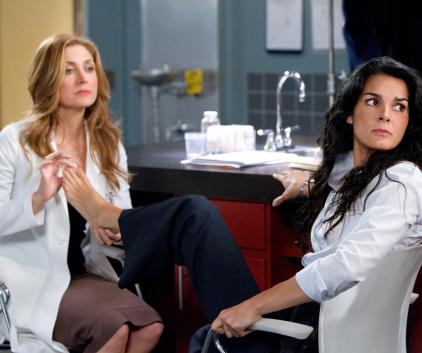 Watch Rizzoli & Isles Season 2 Episode 8