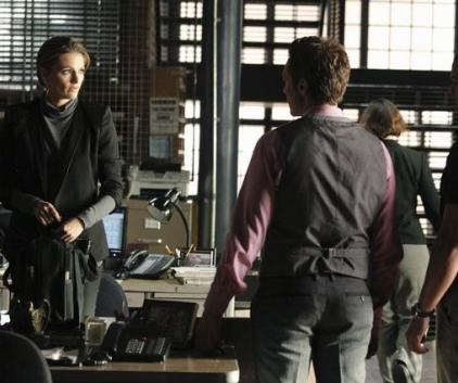 Watch Castle Season 4 Episode 1