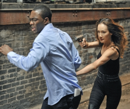 Watch Nikita Season 2 Episode 1