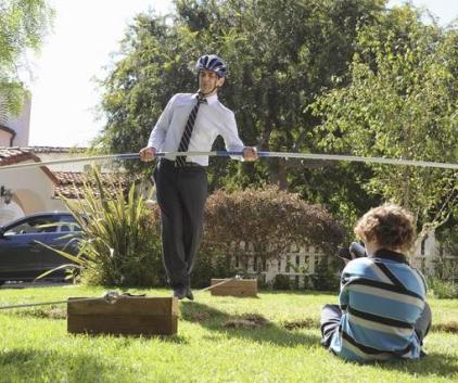 Watch Modern Family Season 3 Episode 3