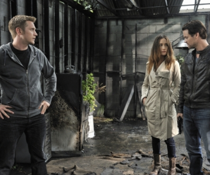 Watch Nikita Season 2 Episode 2