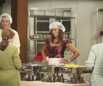 Watch Desperate Housewives Season 8 Episode 2