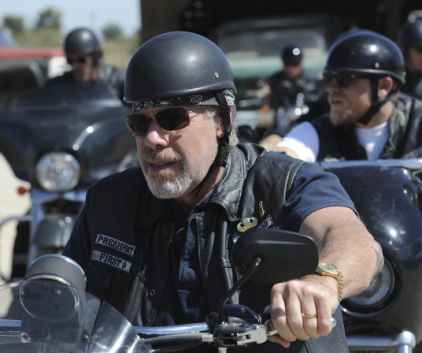 Watch Sons of Anarchy Season 4 Episode 5
