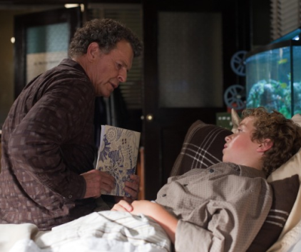 Watch Fringe Season 4 Episode 3