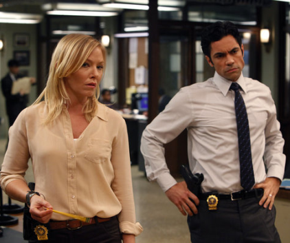 Watch Law & Order: SVU Season 13 Episode 5