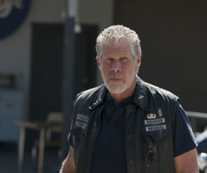 Watch Sons of Anarchy Season 4 Episode 9